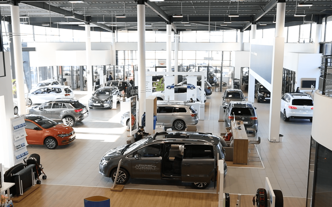 Showroom-Volkswagen_Caen
