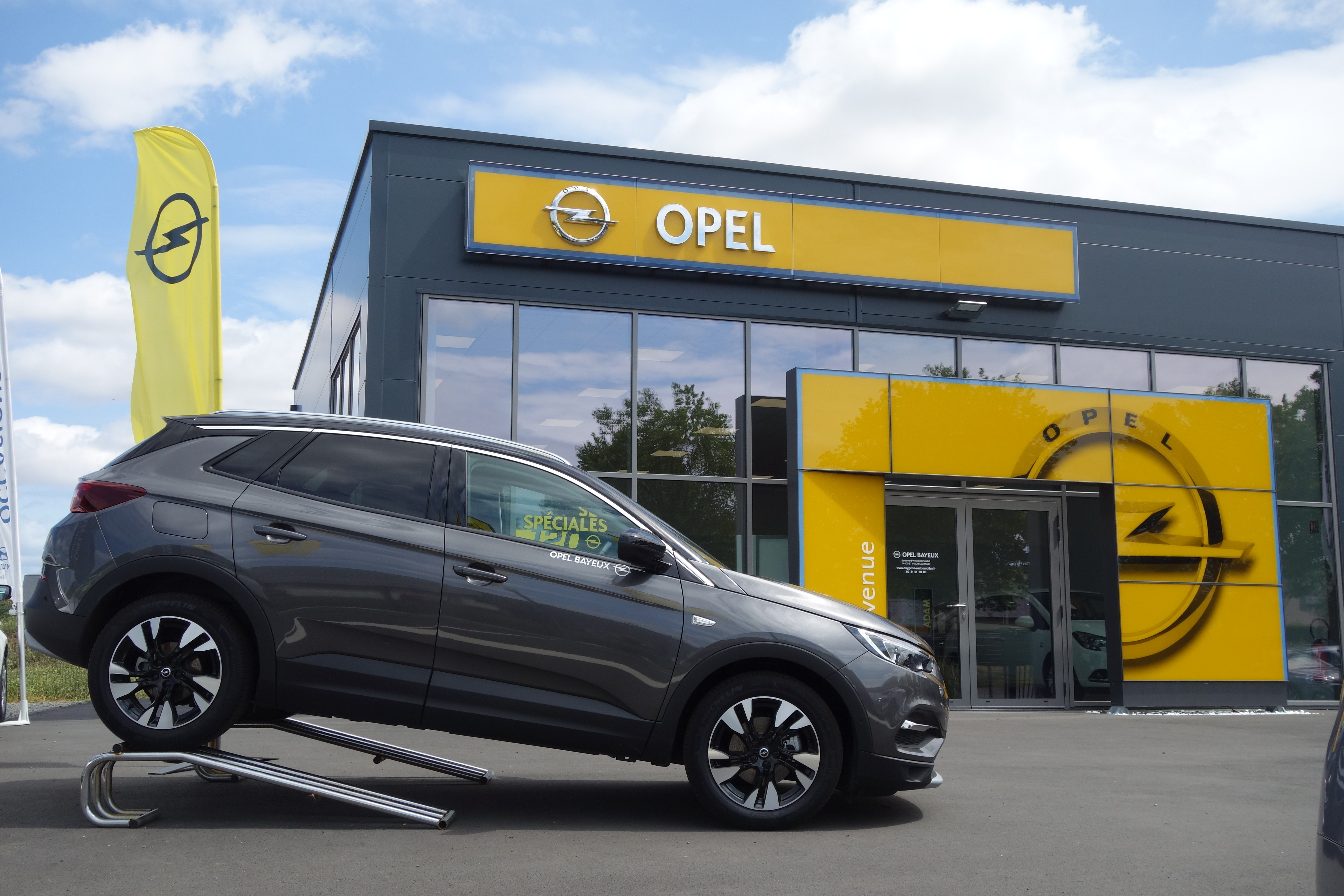 Opel Oxygène Automobiles